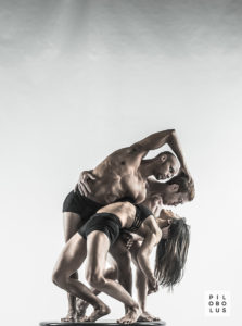 'On the Nature of Things', Pilobolus Dance Theater Photographer: Robert Whitman